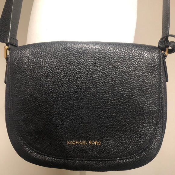 99333afd9d8e Michael Kors Bags | Mott Pebbled Leather Dome Crossbody Bag | Poshmark
